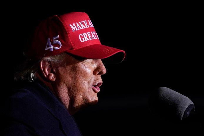 Donald Trump tijdens een rally op Kenosha Regional Airport in Wisconsin op 2 november.