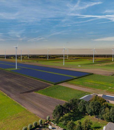 Zonnepark tussen Ommen en Dedemsvaart lijkt met nieuwe spelregels ver weg, buren blij: 'Verziekt landschap voorkomen'