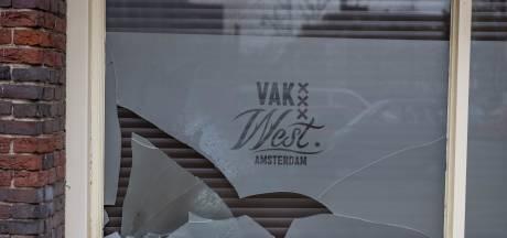 Na explosies bij Feyenoord-kroegen nu ook Ajax-café mikpunt: 'Wij zijn geen hooligancafé'