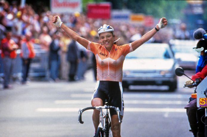 Leontien van Moorsel toen ze in 1991 het WK op de weg won.