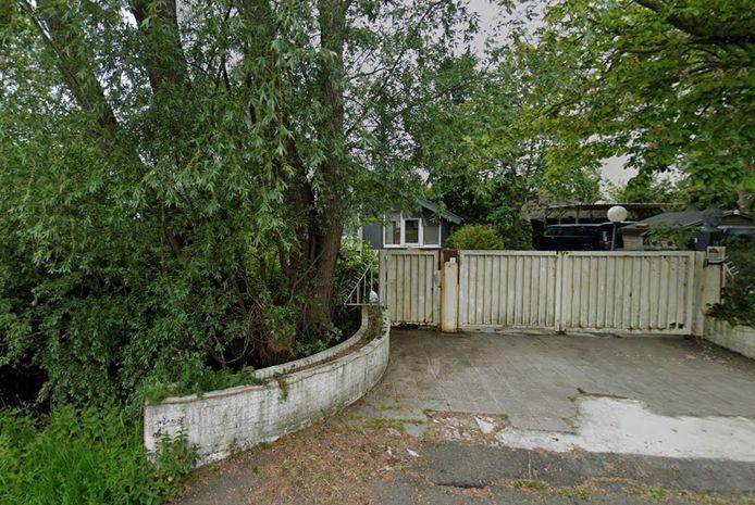 De vervallen villa van Rooie Ron in Vinkeveen.