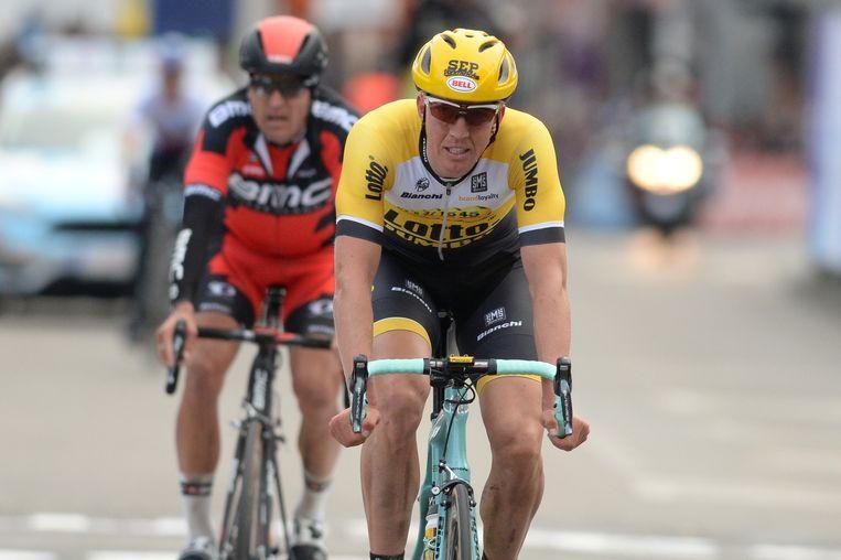 Na twee lekke banden zat er niet meer dan een vijfde plek in voor Vanmarcke Beeld BELGA