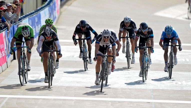 Bradley Wiggins (Sky, m) werd dit seizoen negende in Parijs-Roubaix