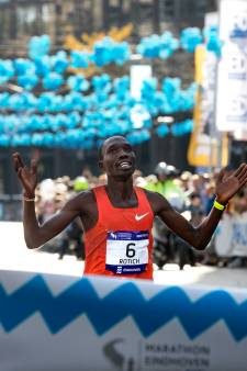 Winnaars Marathon Eindhoven cashen, als ze doorlopen