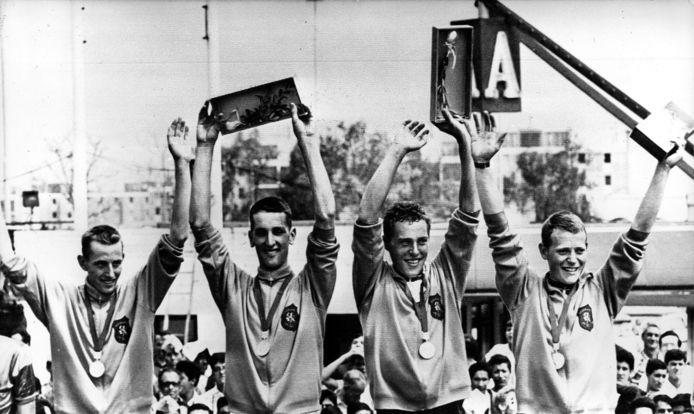 Fedor den Hertog (tweede van links) uit Harderwijk won  bij de Olympische Spelen 1968 in Mexico goud bij de 100 kilometer ploegentijdrit, samen met Joop Zoetemelk, Jan Krekels en René Pijnen.