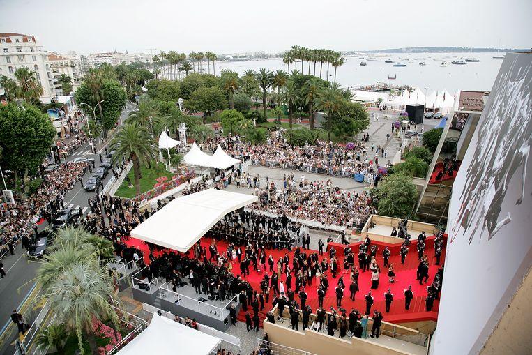 Drukte op de rode loper bij het Filmfestival van Cannes. Beeld Getty
