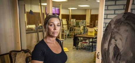 Zoektocht naar nieuw atelier in coronatijd levert Manon uit Losser veel extra stress op