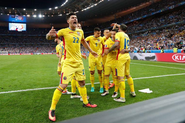 De vreugde is groot bij de Roemenen. Beeld REUTERS