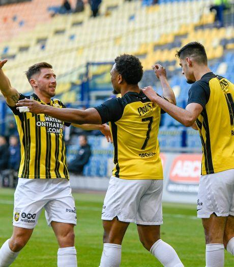 Tiental Vitesse houdt stand en pakt drie kostbare punten tegen concurrent AZ