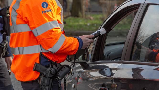Taxichauffeur die klant overviel gevat tijdens controleweekend in Zennevallei