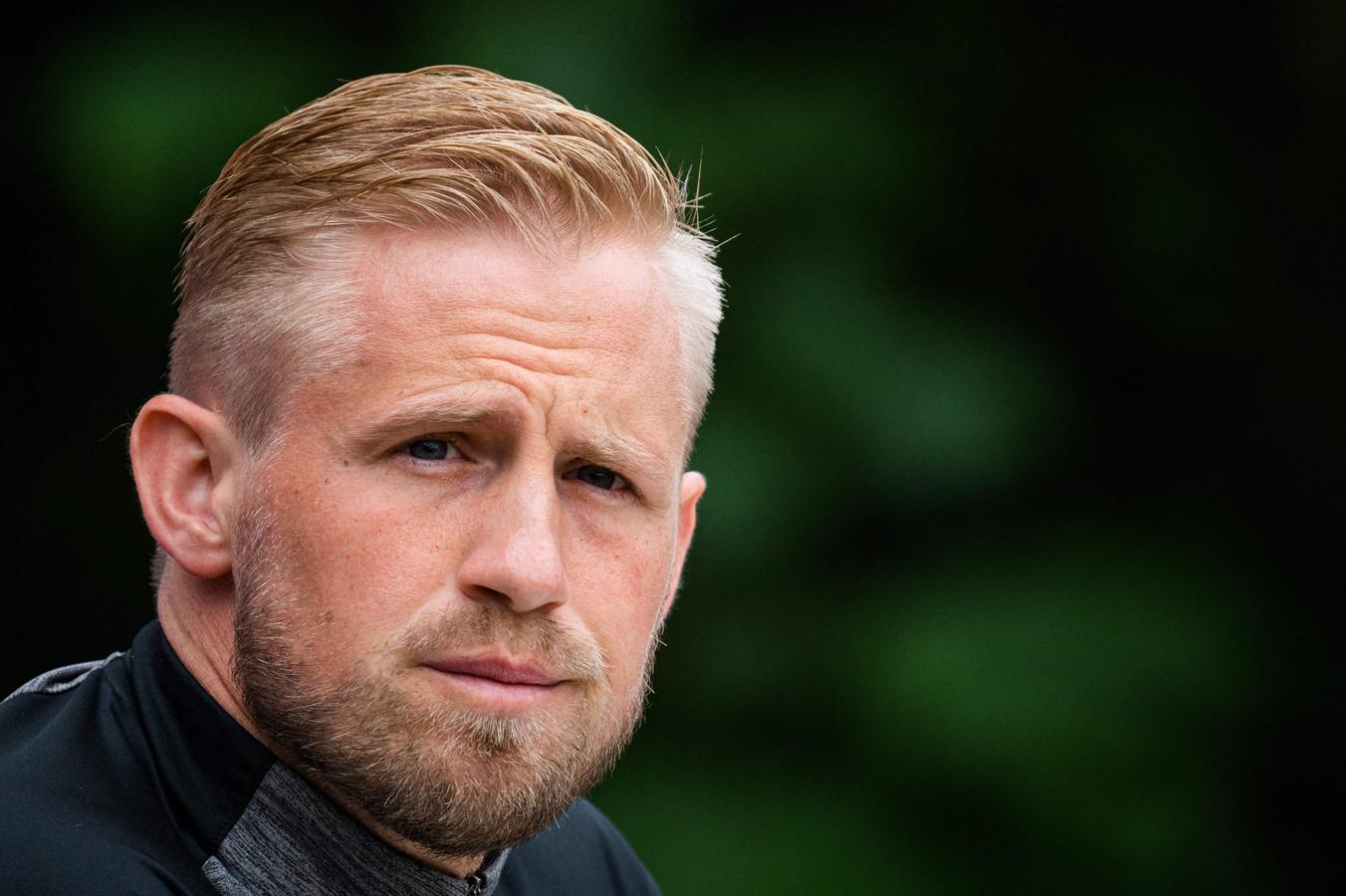 Kasper Schmeichel tijdens de persconferentie van de Deense ploeg/