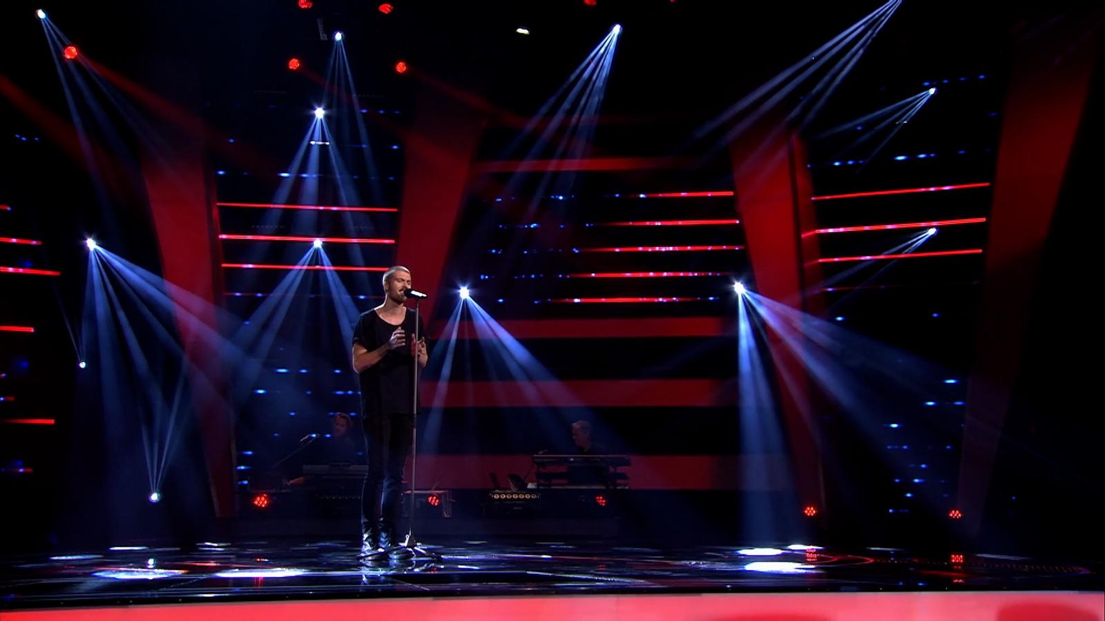 Dani in The Voice.