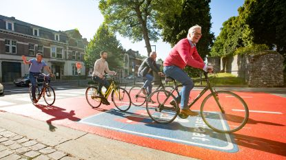 Tongeren maakt fietser koning in 53 straten van haar binnenstad... en krijgt applaus vanop alle banken