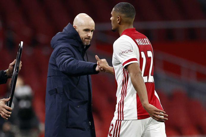 Ajax betaalde in de winterstop ruim 22 miljoen euro voor Sébastien Haller, meer dan het totale bedrag dat PSV voor dit seizoen uitgaf aan nieuwe spelers.