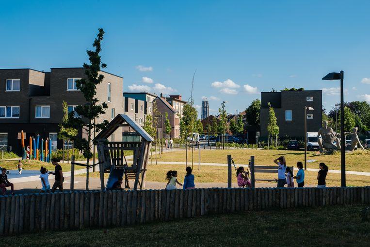 Het Oud Oefenplein, een van de grootste sociale woonwijken van de stad, moet model staan voor het 'nieuwe Mechelen'. Beeld Wouter Van Vooren