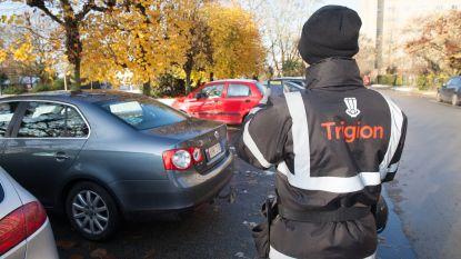 Gent wapent parkeerwachters met 'contactkaartje' om agressie terug te dringen