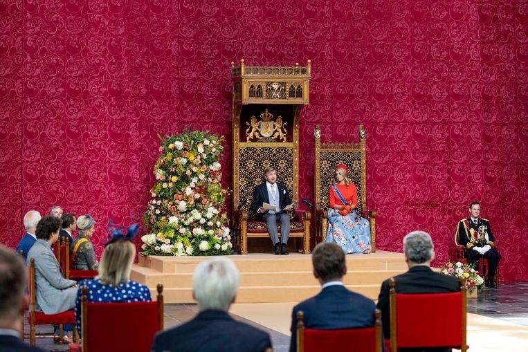 De koning en koningin in de Grote Kerk tijdens het voorlezen van de troonrede aan leden van de Eerste en Tweede Kamer. Beeld Brunopress