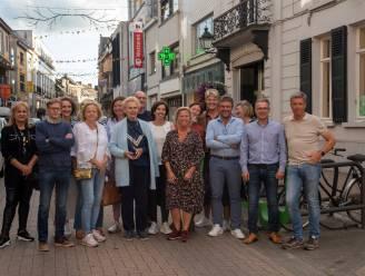 Gebuurtedekenij Florimond Leirensstraat viert 100ste verjaardag met hedendaagse en traditionele kledij