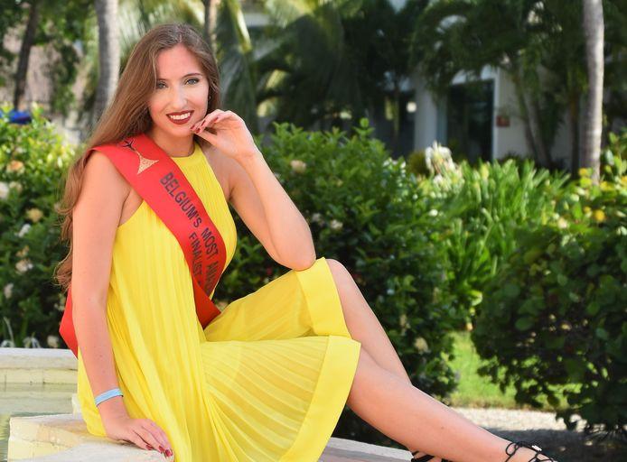Eleonore waagt haar kans bij de verkiezing van Belgium's Most Amazing Women.