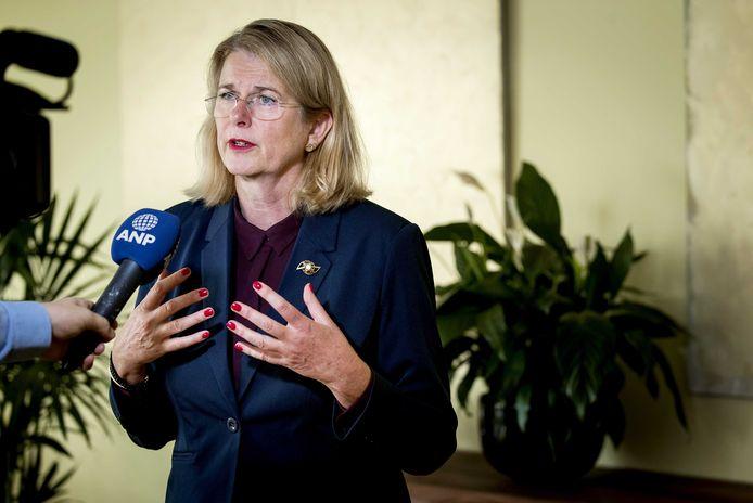 Pauline Krikke in haar tijd als burgemeester van Den Haag (archieffoto).