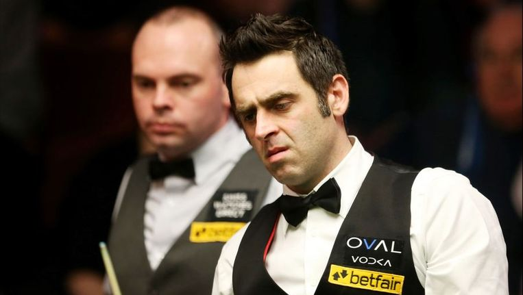 Bingham (links) zag met lede ogen aan hoe O'Sullivan hem inblikte. Beeld PHOTO_NEWS