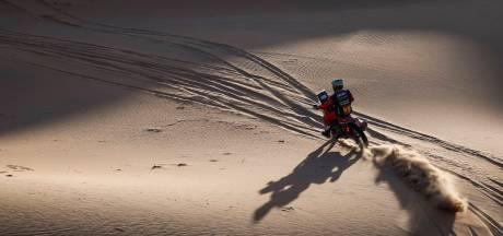 Brabec en Al-Rajhi winnen eerste deel marathonetappe Dakar, behoudende Van den Goorbergh 13de