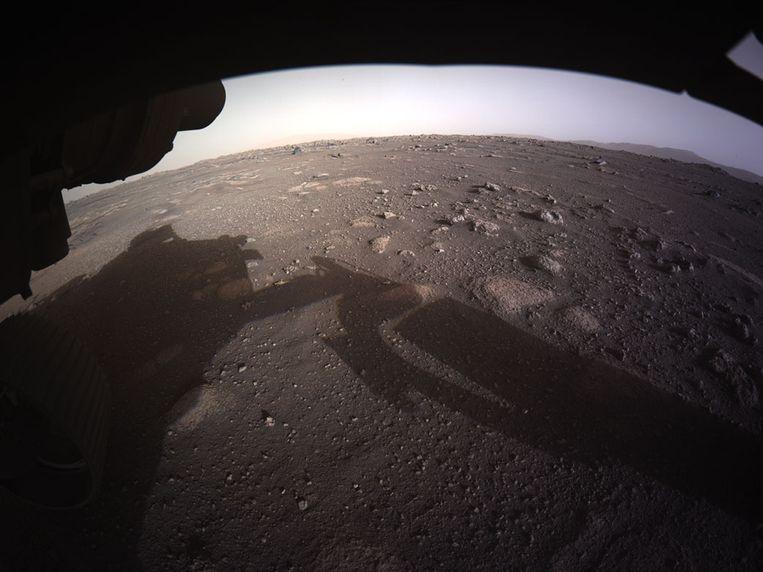 De eerste kleurenfoto in high resolution van Mars. Beeld NASA