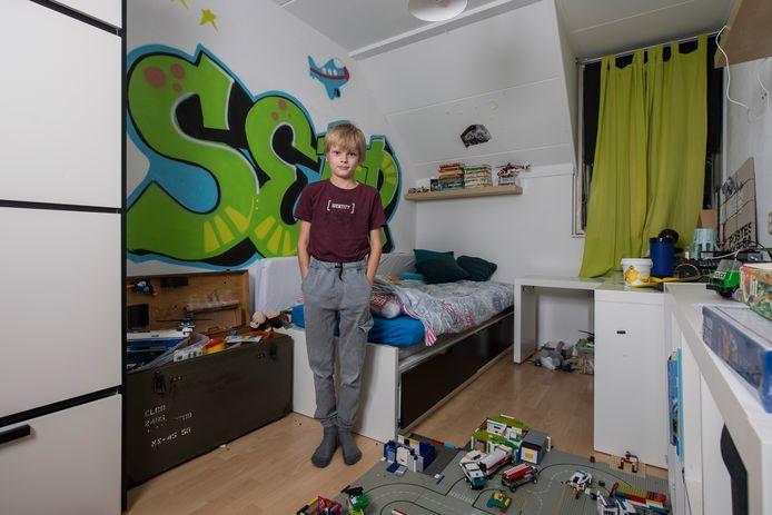 Sepp Claus op zijn slaapkamer.