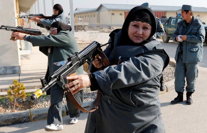 Politieagentes in een opleidingscentrum in Afghanistan in 2012.