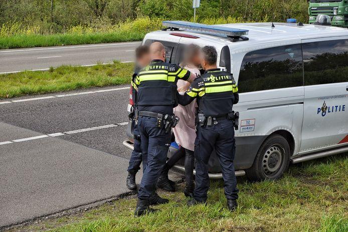 Op de plaats van het ongeval werd iemand aangehouden.