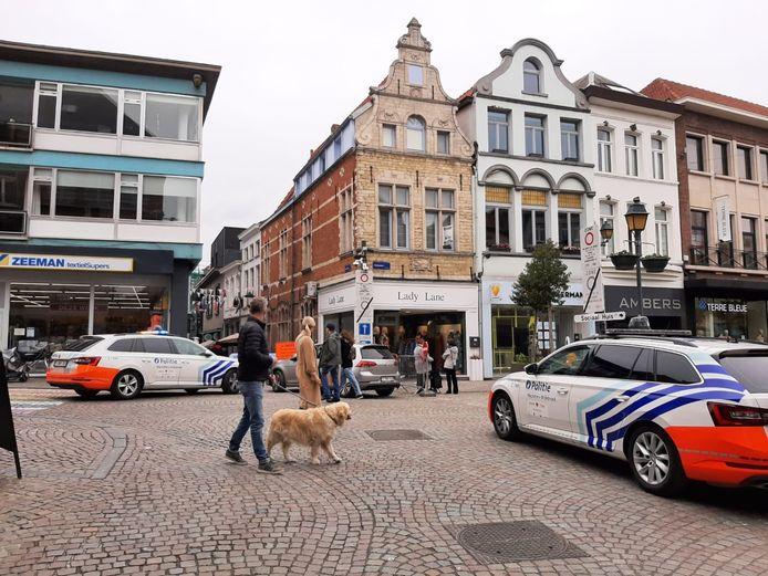 Politie Mechelen-Willebroek sensibiliseerde en controleerde onder andere op de IJzerenleen en Vismarkt.