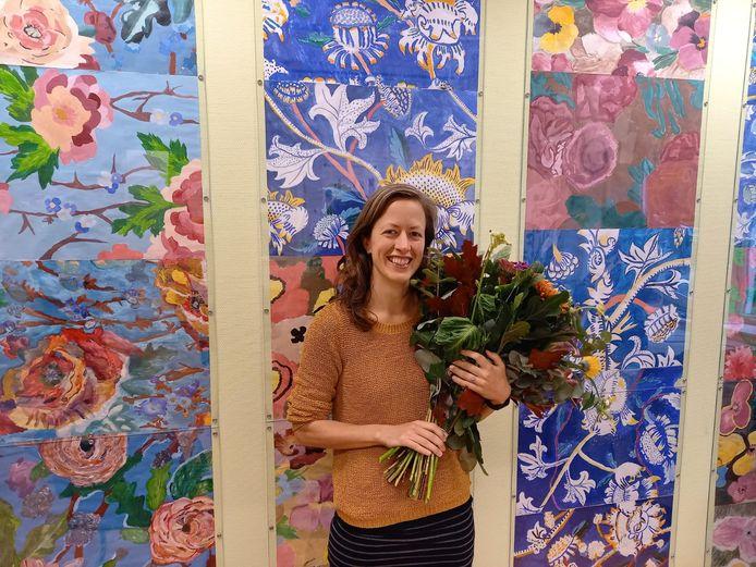 Joanne Malotaux werd afgelopen vrijdag in de docentenkamer verrast met de prijs.