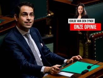 Onze opinie. Van Grieken is een ongelooflijke acrobaat. De spagaat tussen proper en vuil moet zeer doen aan zijn lies