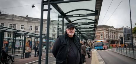 Arnhemmer Edwin komt het liefst op het Willemsplein: 'Je ziet allerlei bouwstijlen door elkaar'
