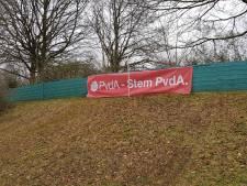 Dieven aan de haal met PvdA-spandoek in Maarssen: 'Heel jammer dat dit gebeurt'
