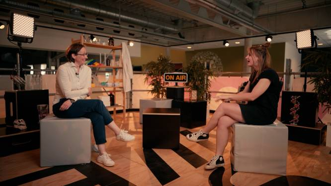 Wat als je een allergische reactie krijgt? Vaccinoloog Corinne Vandermeulen beantwoordt vragen over het Moderna-vaccin