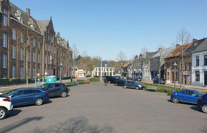 De Markt van Vorselaar met links het Kloostergebouw