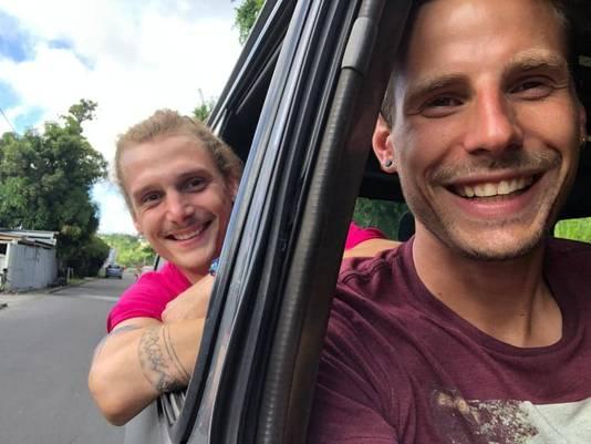 Romain et Jonas se sont rencontrés à Liège, lors de leurs études de kinésithérapeute.