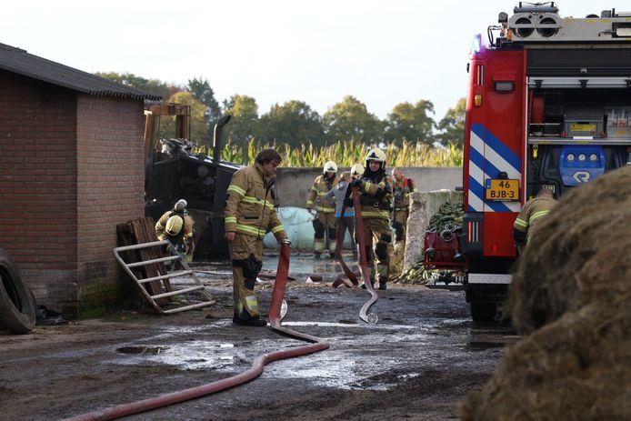 Loader afgebrand in Loosbroek.