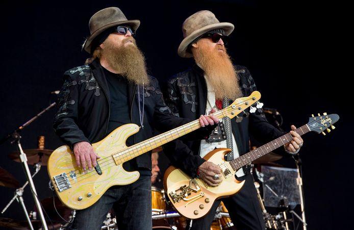 Dusty Hill et Billy Gibbons (Glastonbury, juin 2016)