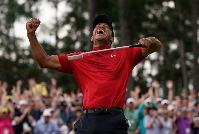 April vorig jaar: Tiger Woods na zijn zege op het Masters-toernooi in Augusta.