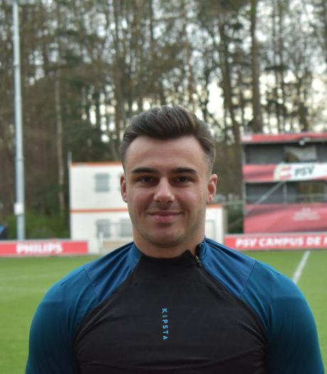 Aanvaller Tom Hertogs ruilt SV De Braak in voor competitiegenoot PSV AV: 'Niveau daar ligt stukken hoger'