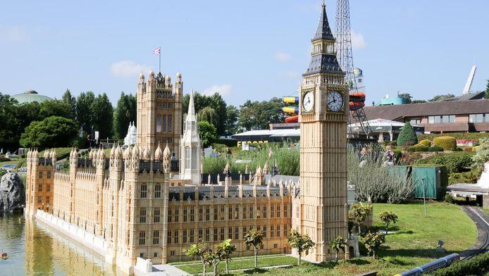 Het parlementsgebouw in Londen en de Big Ben. Bezoekers zullen het gebouw kunnen blijven bewonderen, ook al is de brexit opgestart.