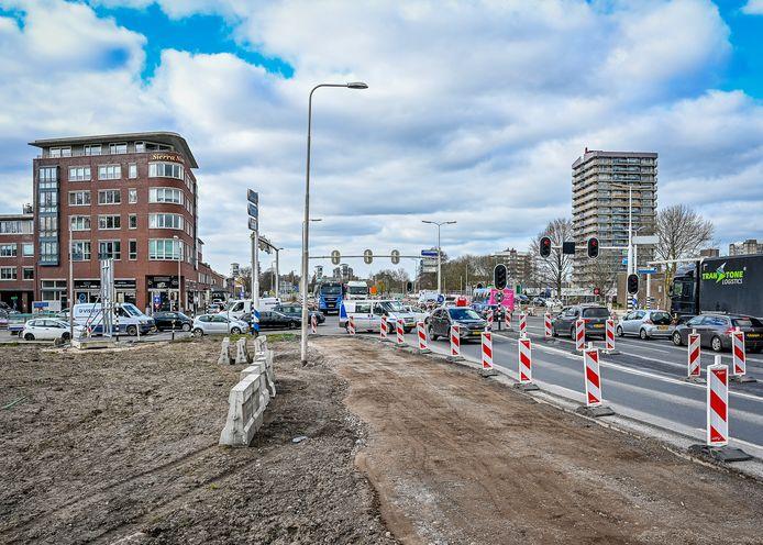 Aan de belangrijkste verkeersader van Krimpen wordt al lange tijd gewerkt.