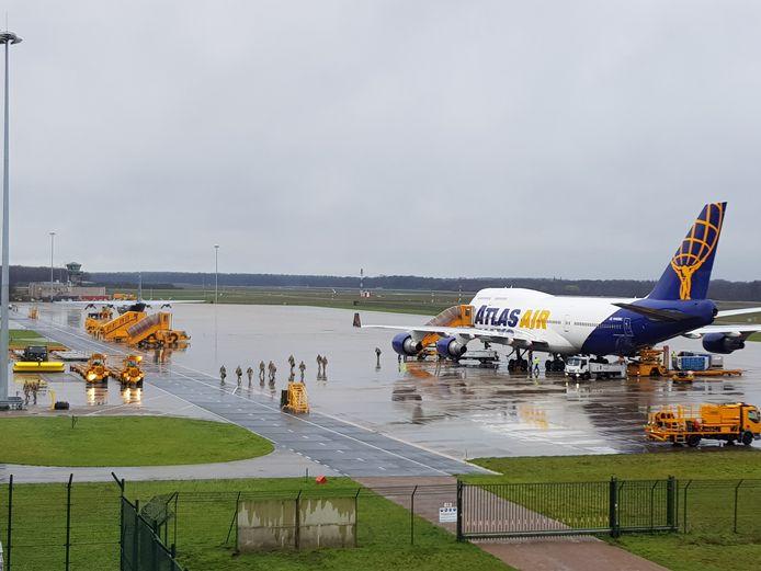 Zondag landde een Boeing 747 van Atlas Air op de Vliegbasis Eindhoven, met aan boord enkele tientallen kwartiermakers voor Defender Europe 2020.