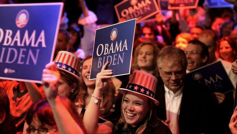 © ANP. In de Melkweg Amsterdam volgen bezoekers in 2008 de Amerikaanse presidentsverkiezingen. Beeld