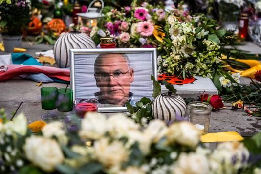 bloemenzee herdenkingsmonument voor Jan slachtoffer van de mishandeling in het spijkerkwartier. Arnhem