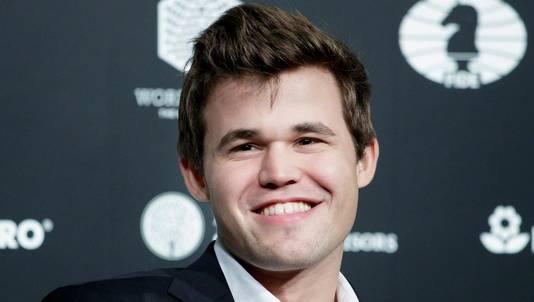 Magnus Carlsen prolongeert opnieuw zijn wereldtitel.