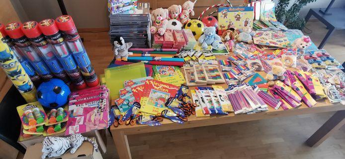 Het vele materiaal dat Filip aankocht.