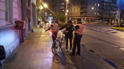 10 fietsers betrapt zonder verlichting